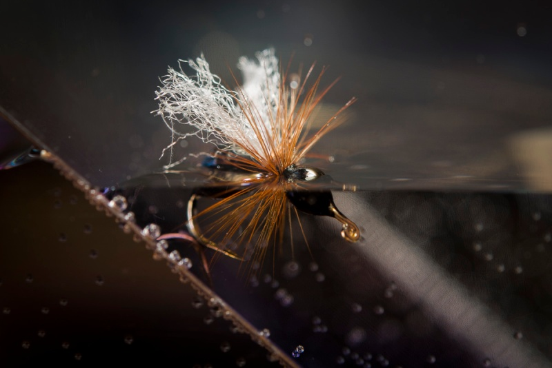 Tørrfluer sett med fiskeblikk-2